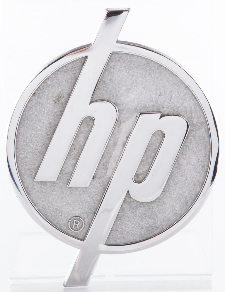 The Hewlett-Packard logo that was simplified in 1946 to make it more legible and easier to engrave.