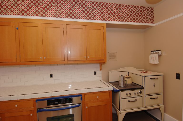 A photo of the Addison Avenue house kitchen after restoration.