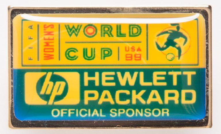 Pin celebrating Hewlett-Packard as a sponsor of the 1999 Women's World Cup.