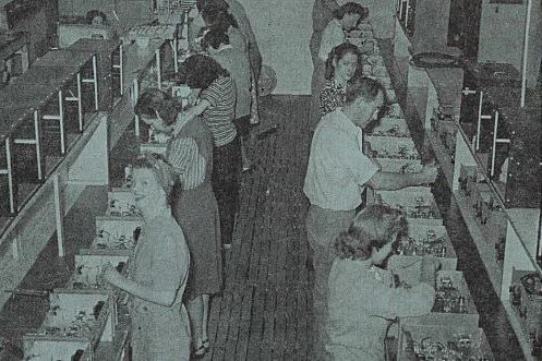 Cover of Watt's Current from March 8, 1946 featuring a production line of mostly women.