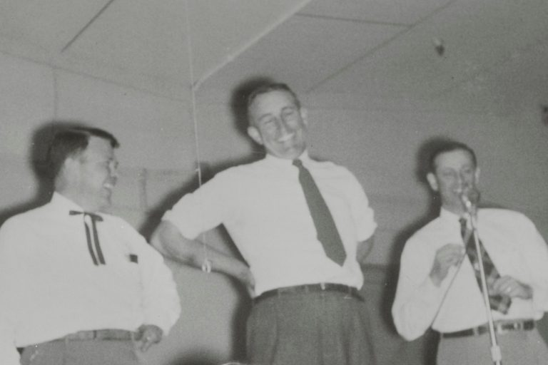 Bill Hewlett and Noel Eldred laughing together in 1954.