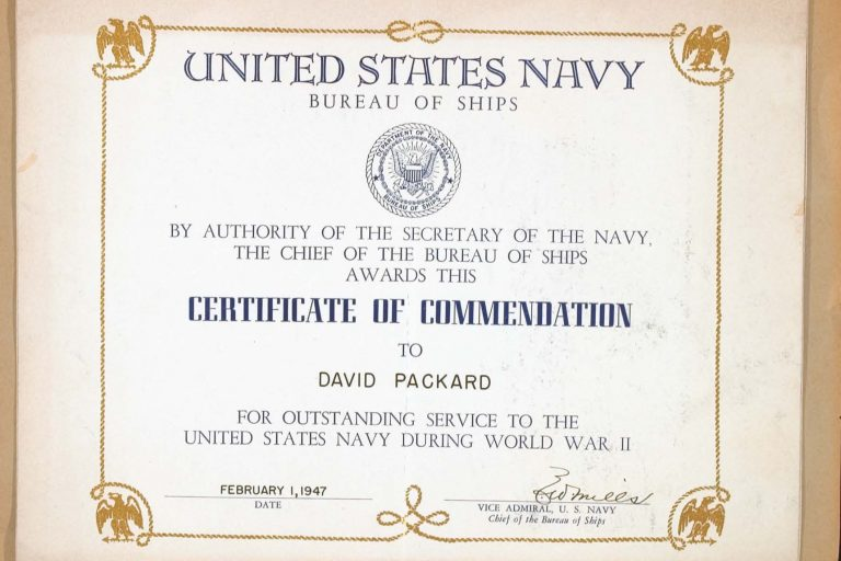 A personalized certificate of commendation given to Dave Packard for his contributions to the Navy during WWII.