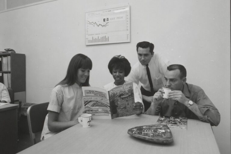 Photo of Moseley Division employees in the HP breakroom in 1958.