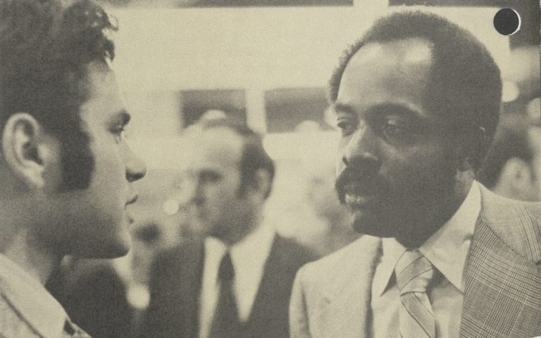 Ken Coleman, personnel manager at HP, speaks to an unnamed employee in 1972.