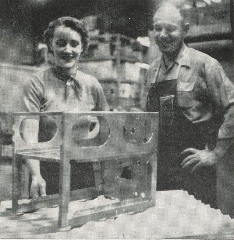 Edna MacLean, HP's first women engineer, working alongside a colleague.